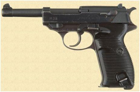 24. A pistola Walther P38 em calibre 9mm Parabellum