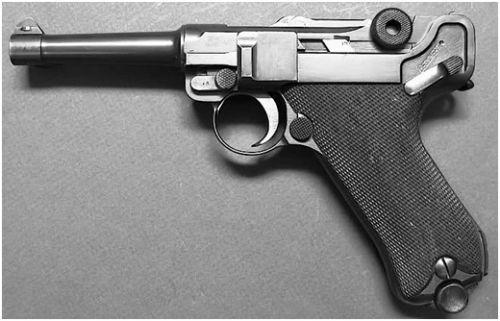 25. Pistola Luger Parabellum New Model do tipo 1908